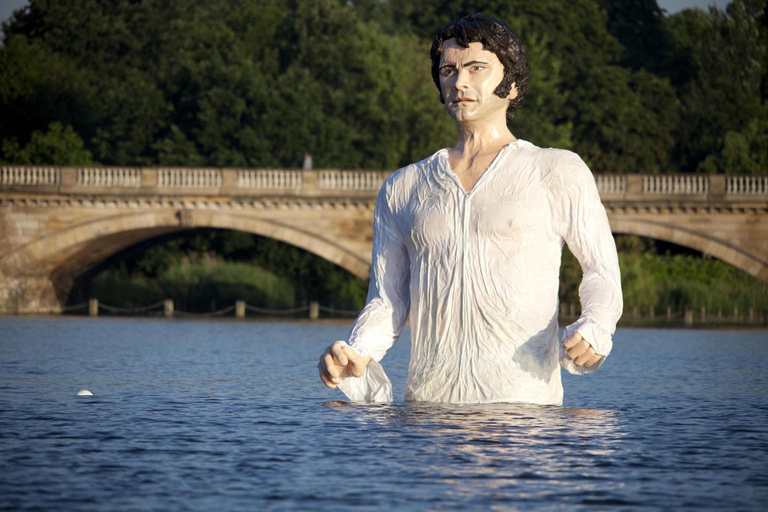 Colin Firth Statue As ...