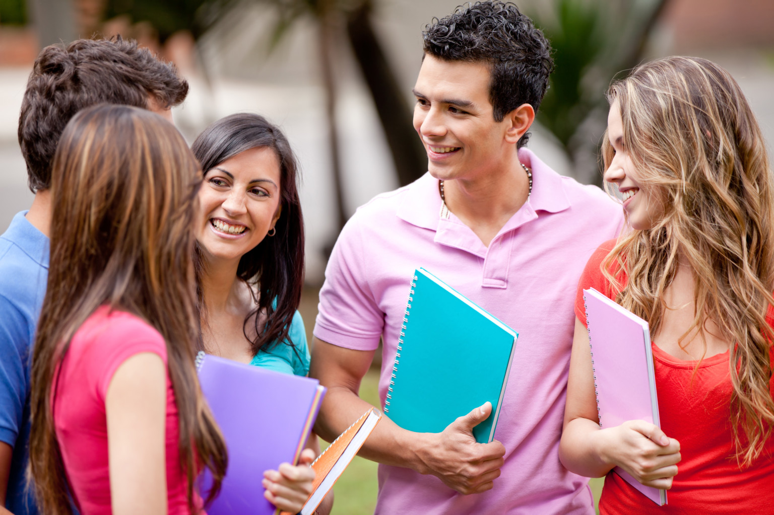 Top Places To Meet And Make Friends In College