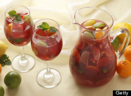 Apple Mint Sangria: A Kitchy Kitchen Recipe