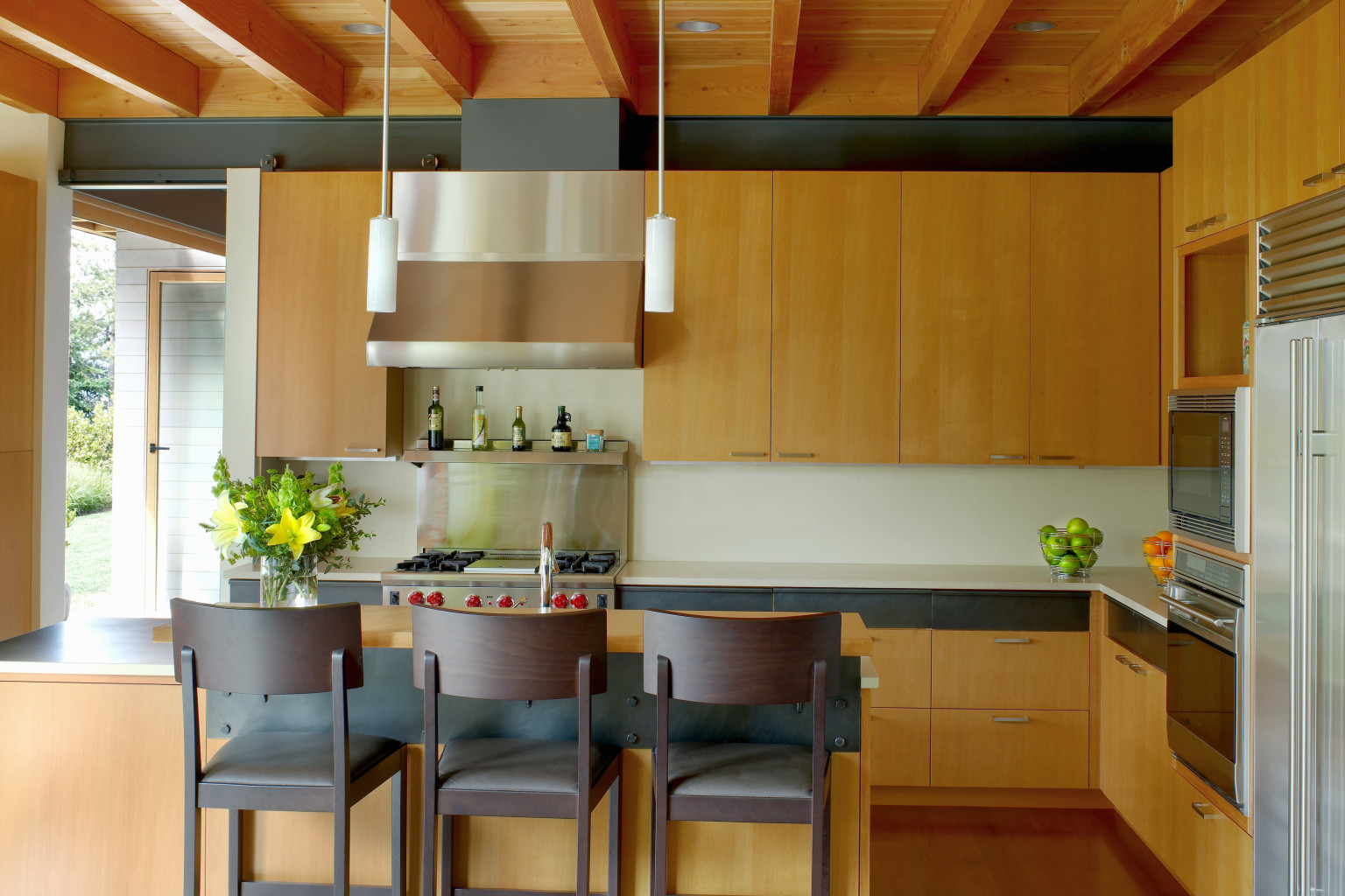 Houzz 39 s real cost finder helps you figure out how much - How much do kitchen designers cost ...