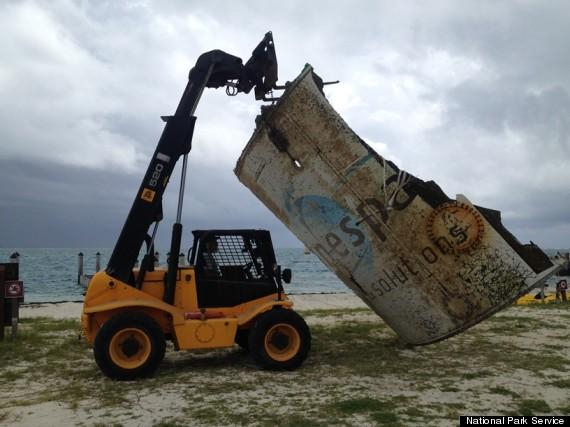 Un débris d'Ariane 5 O-SPACE-JUNK-FLORIDA-KEYS-570