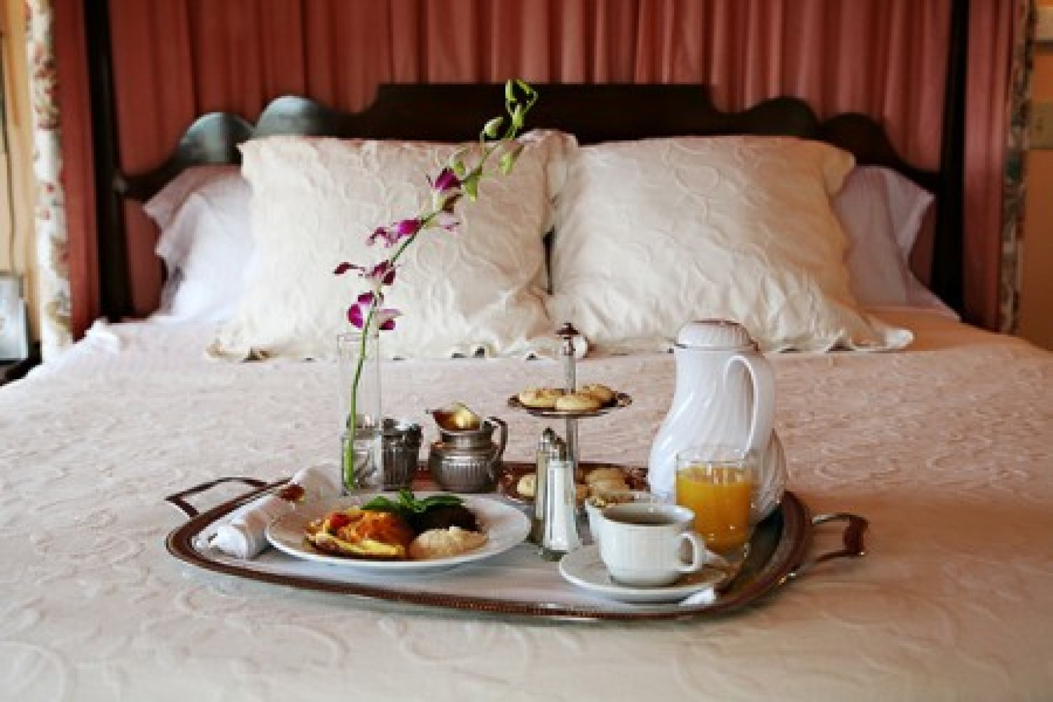 Unique bed and breakfasts across america u s news travel for A bed and breakfast