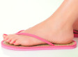How Your Flip Flops Are Killing Your Feet