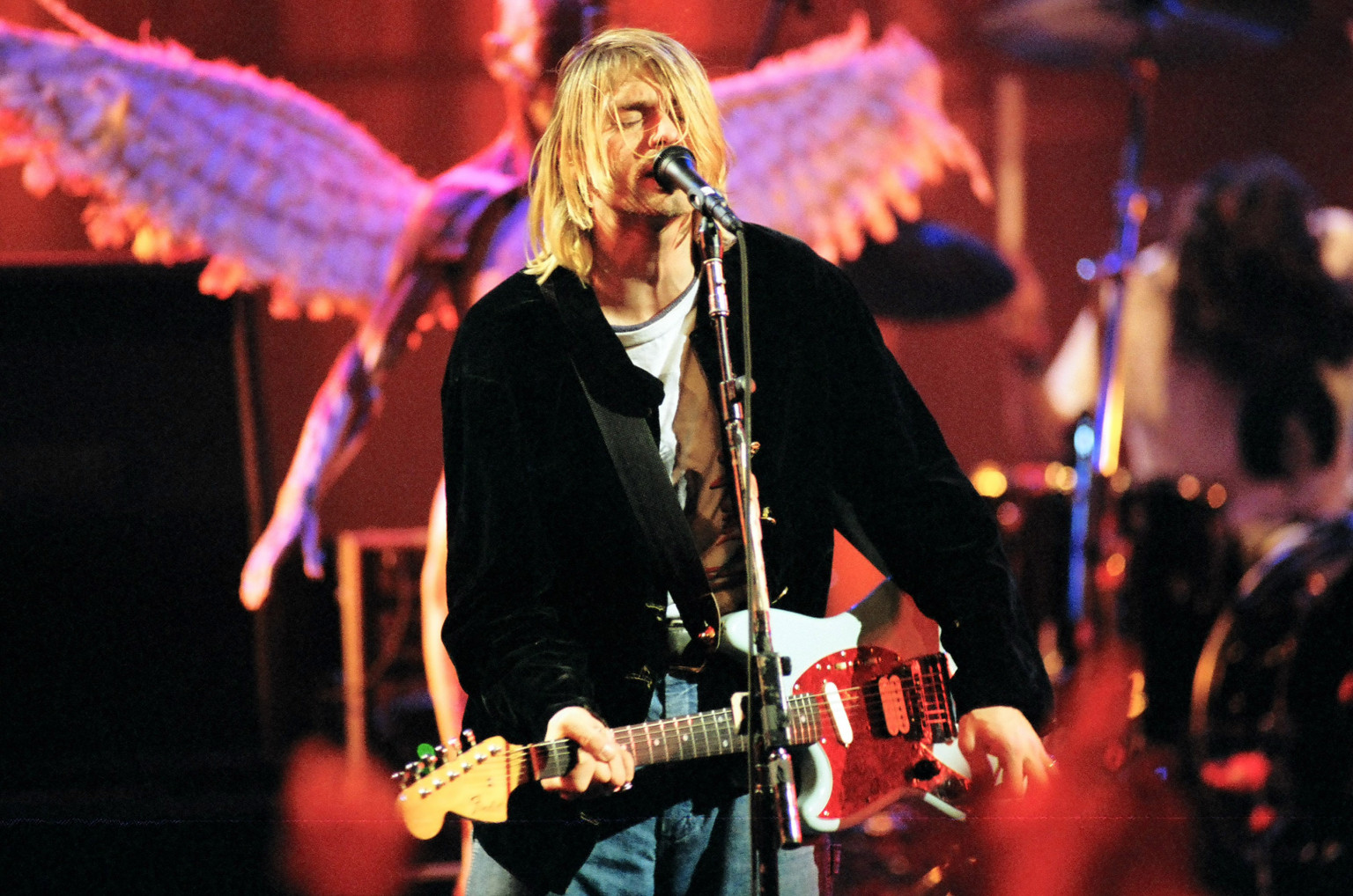 a biography and life work of kurt cobain a musician Cobain began developing an interest in music early in life their initial work, the 1999 book, who killed kurt cobain a biography of kurt cobain.