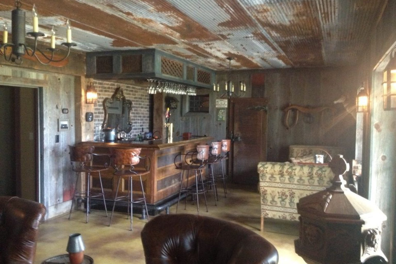 Diy bar made from old barn scraps is the ultimate man cave photo huffpost - Bar built into wall ...