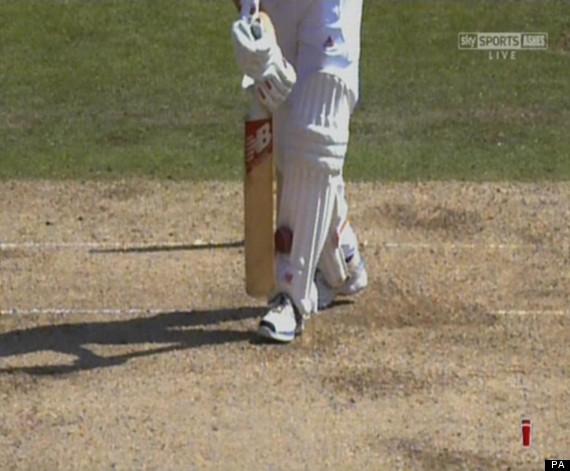 jonathan trott wicket