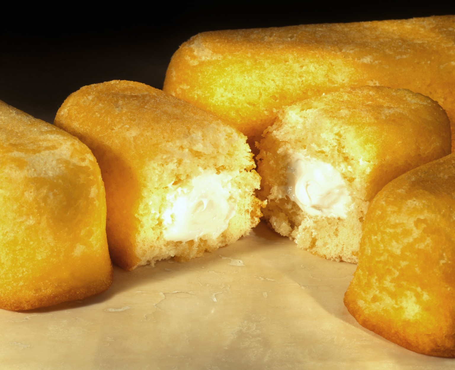 Twinkies Return Snack Cake Hits Shelves With A Few New