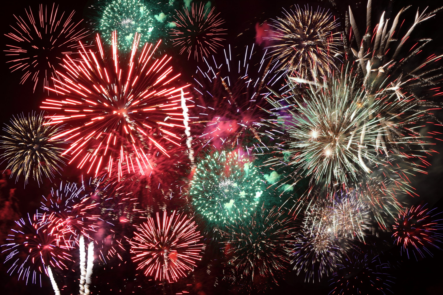 fireworks accidents spark debate over dazzling displays huffpost