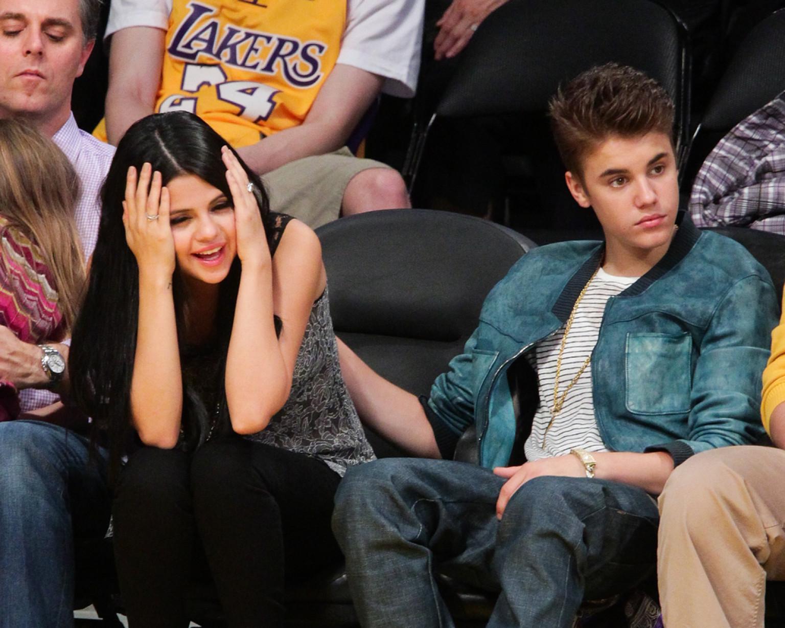 Justin Bieber And Selena Gomez Back Together, Spend Fourth ...
