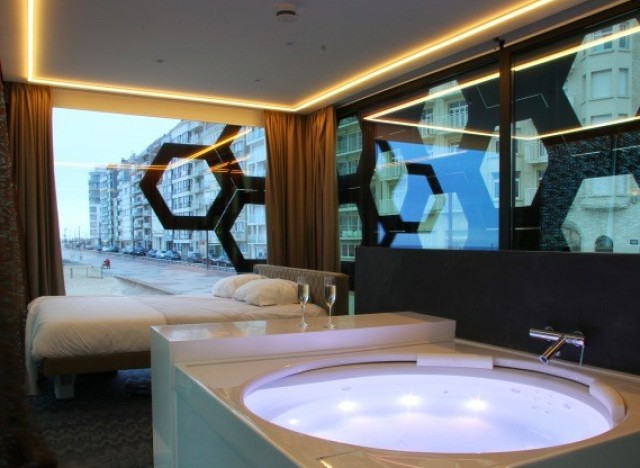 Tender2 pop up hotel in knokke heist belgium is kinda for Design hotel belgien