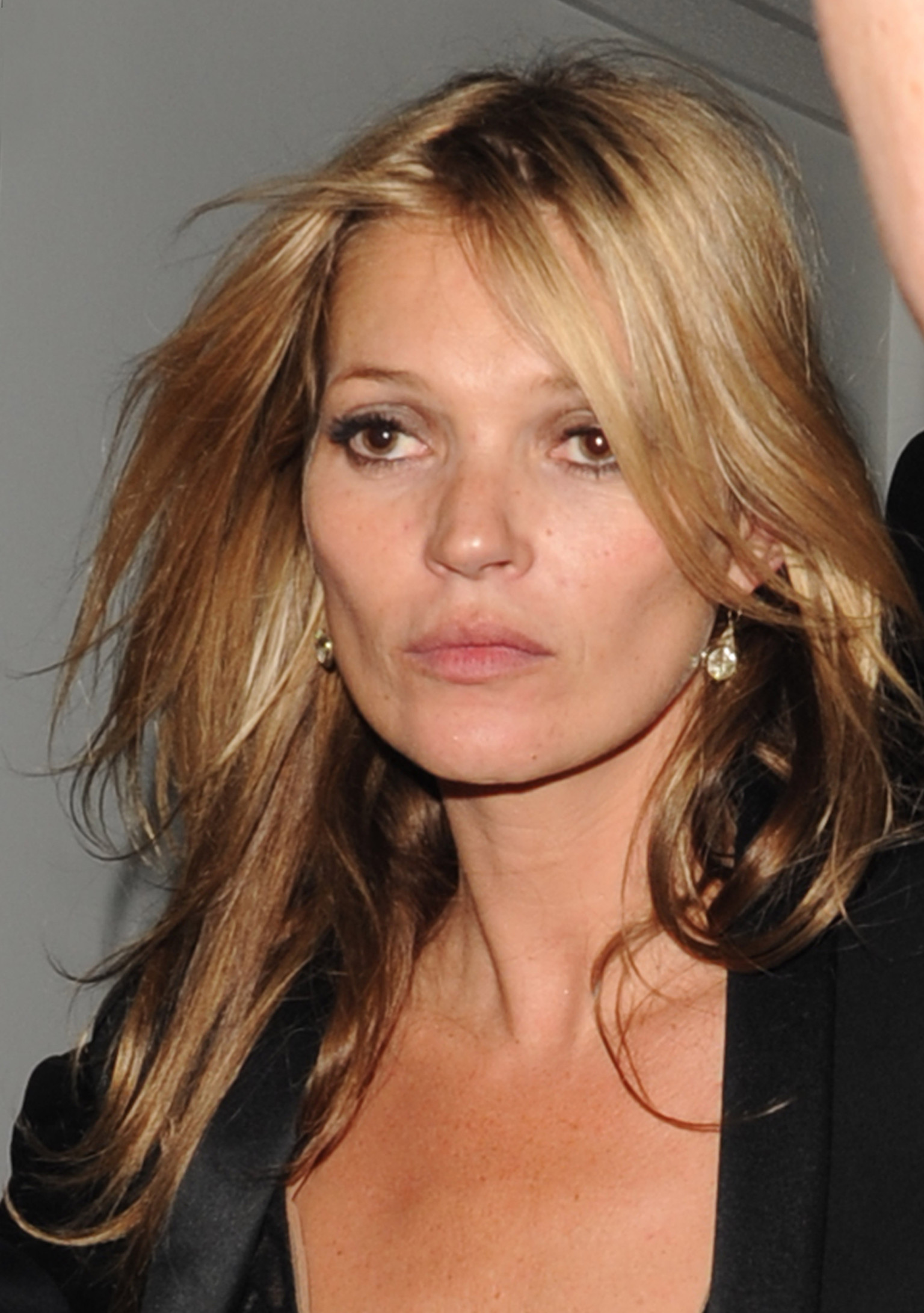 Kate Moss Is The Queen Of Cool On 37th Vogue Uk Cover: Kate Moss Denies Doing Heroin And Being Anorexic