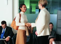 how women dress for a job interview