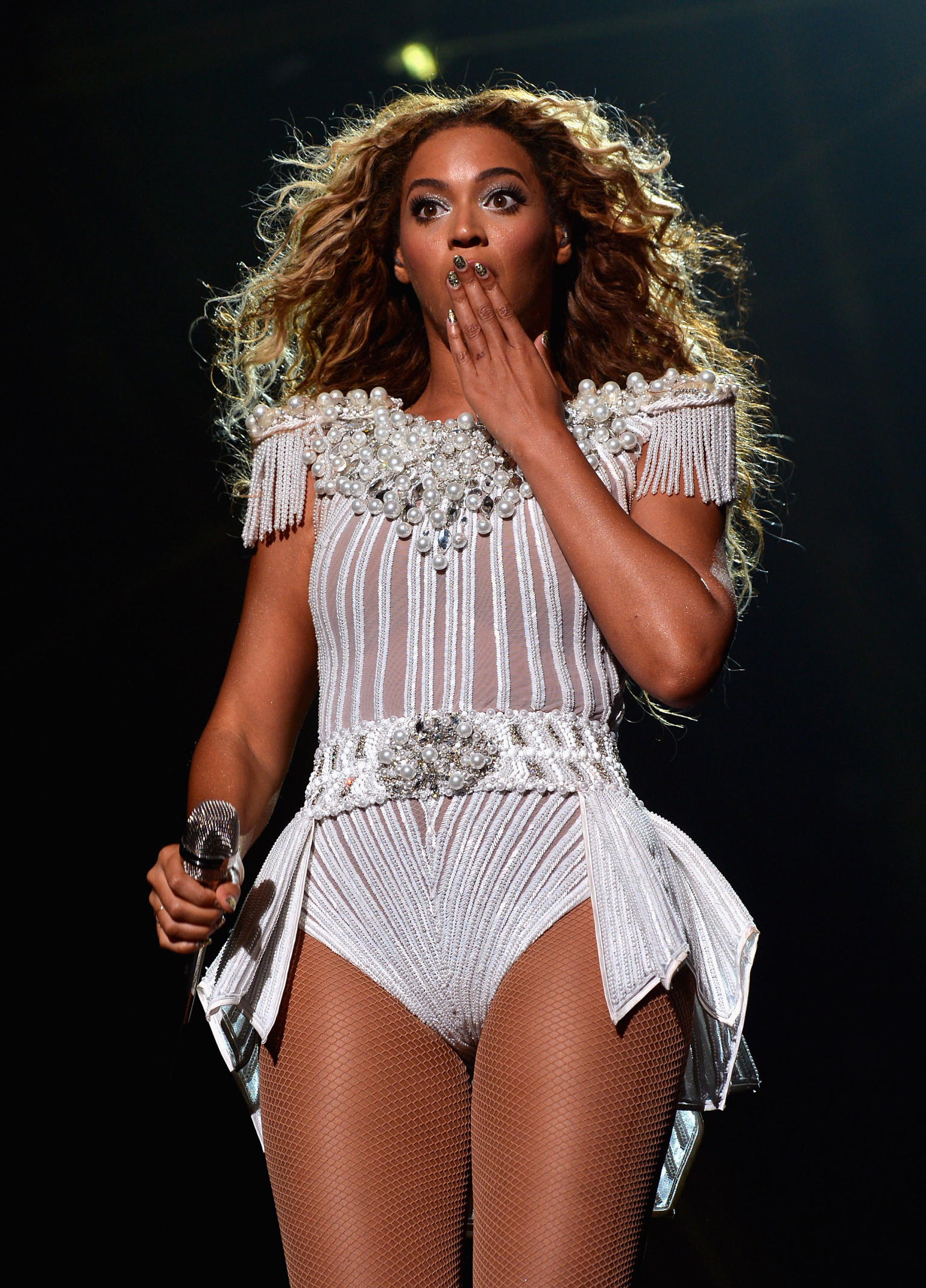 Beyonce To Fan With Camera Put That Damn Camera Down