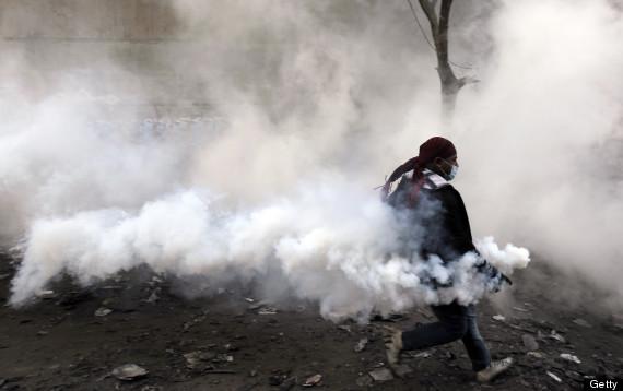 teargas egypt 2011
