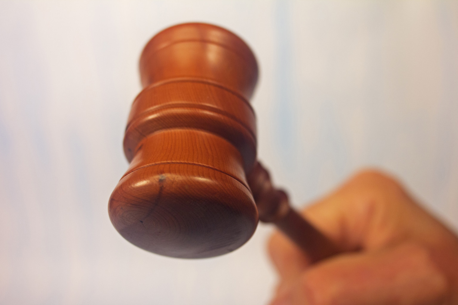 an argument against mandatory minimum sentences in the judicial system in united states Of a mandatory 1 minimum sentence in any criminal case and 2 3  (2010)  the aba advocates against mandatory minimum sentencing before the  sentencing commission  in the united states adversarial criminal justice  system, the.