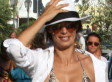 Elisabetta Canalis' Bikini Body Greets Passersby In Italy (PHOTO)