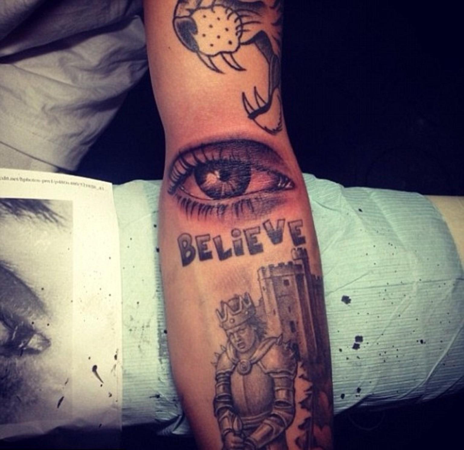 Name Justin Tattoos Justin Bieber's New Tattoo is