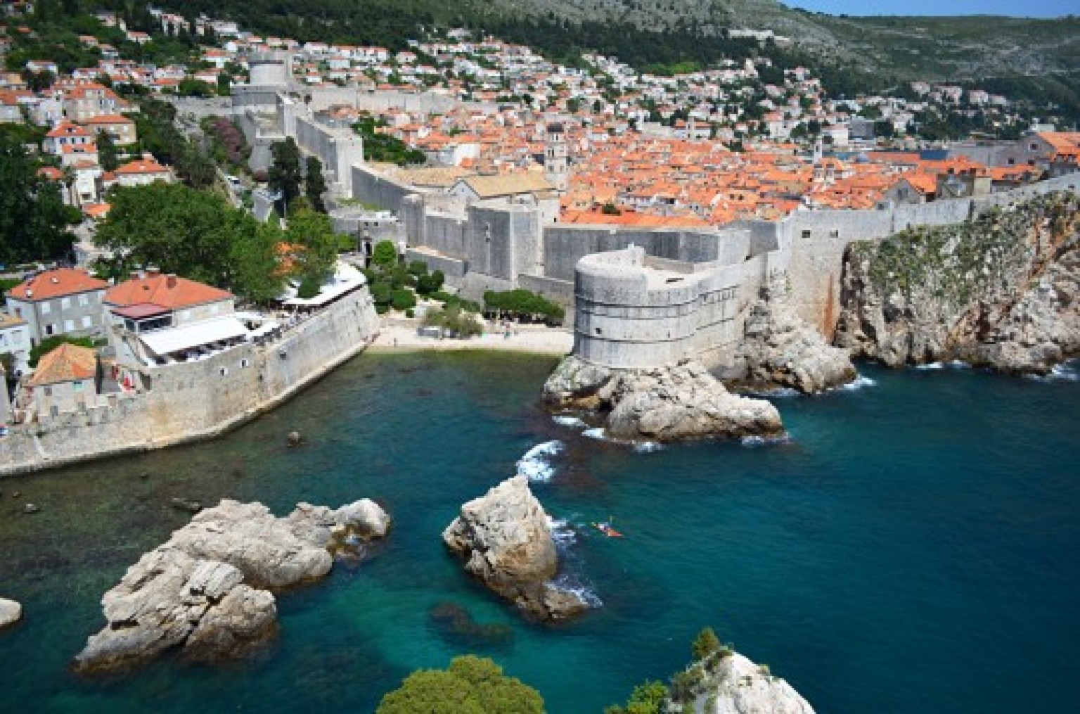 exploring king 39 s landing on a game of thrones tour of dubrovnik huffpost. Black Bedroom Furniture Sets. Home Design Ideas
