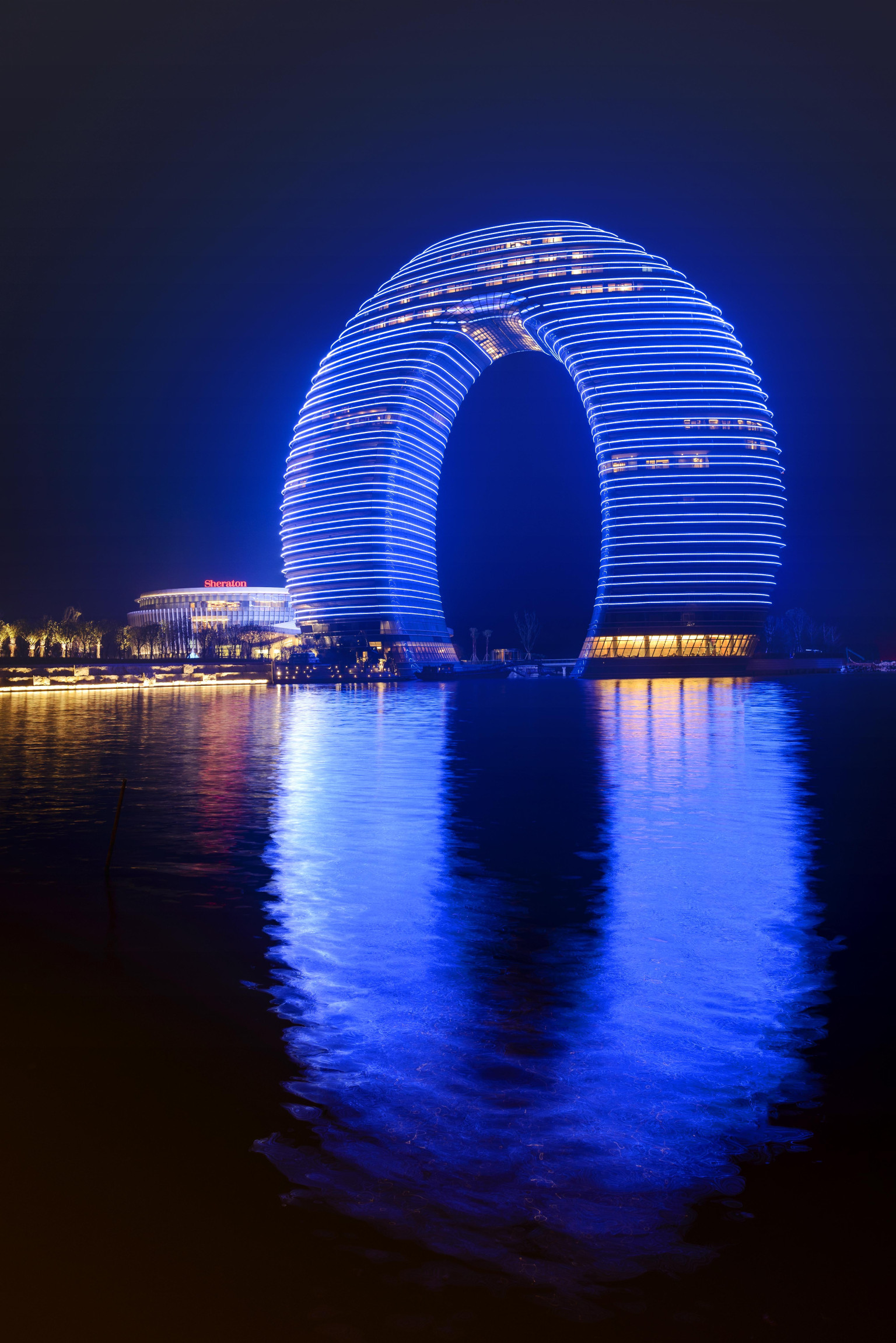 Huzhou China  city photos gallery : Sheraton Huzhou Hot Spring Resort, China's New 'Horseshoe Hotel'