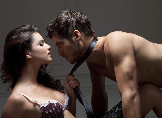 video halle berry decouvrez la scene erotique qui a choque l amerique