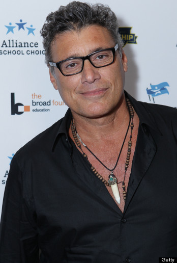 Steven Bauer earned a  million dollar salary, leaving the net worth at 2.5 million in 2017
