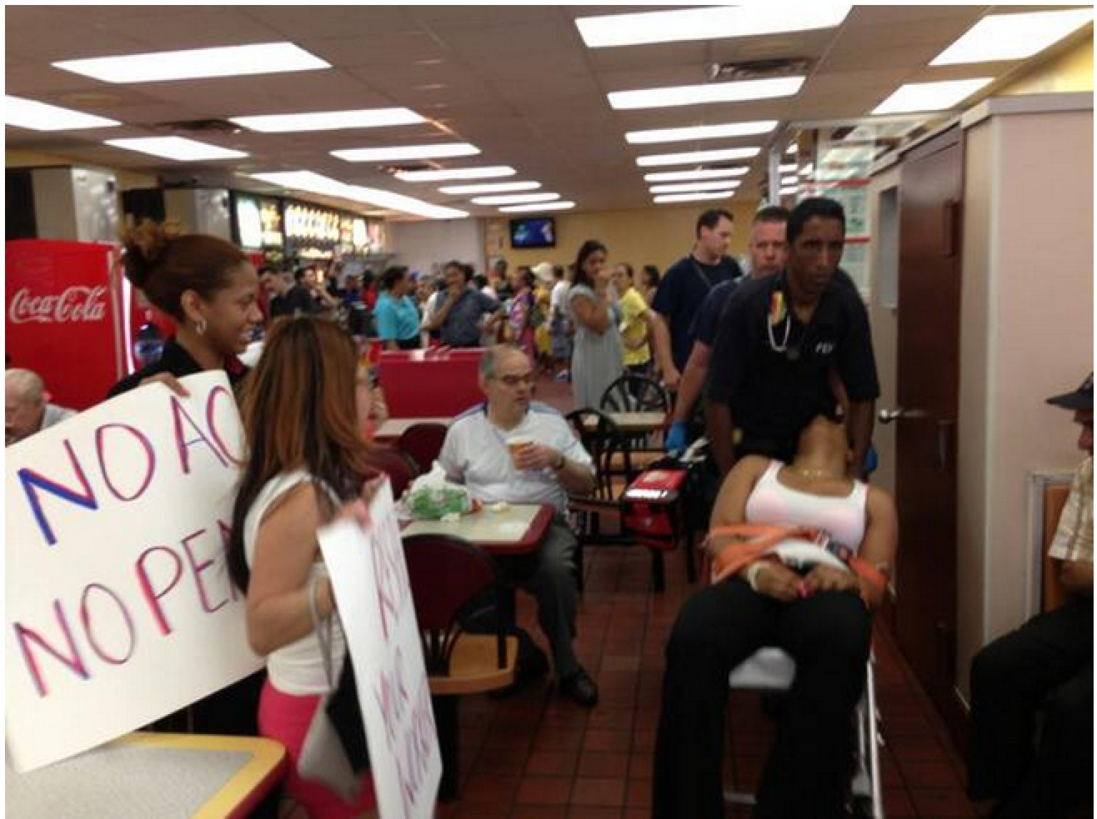 mcdonald s employees walk out in protest of no air conditioning mcdonald s employees walk out in protest of no air conditioning after crew member collapses the huffington post