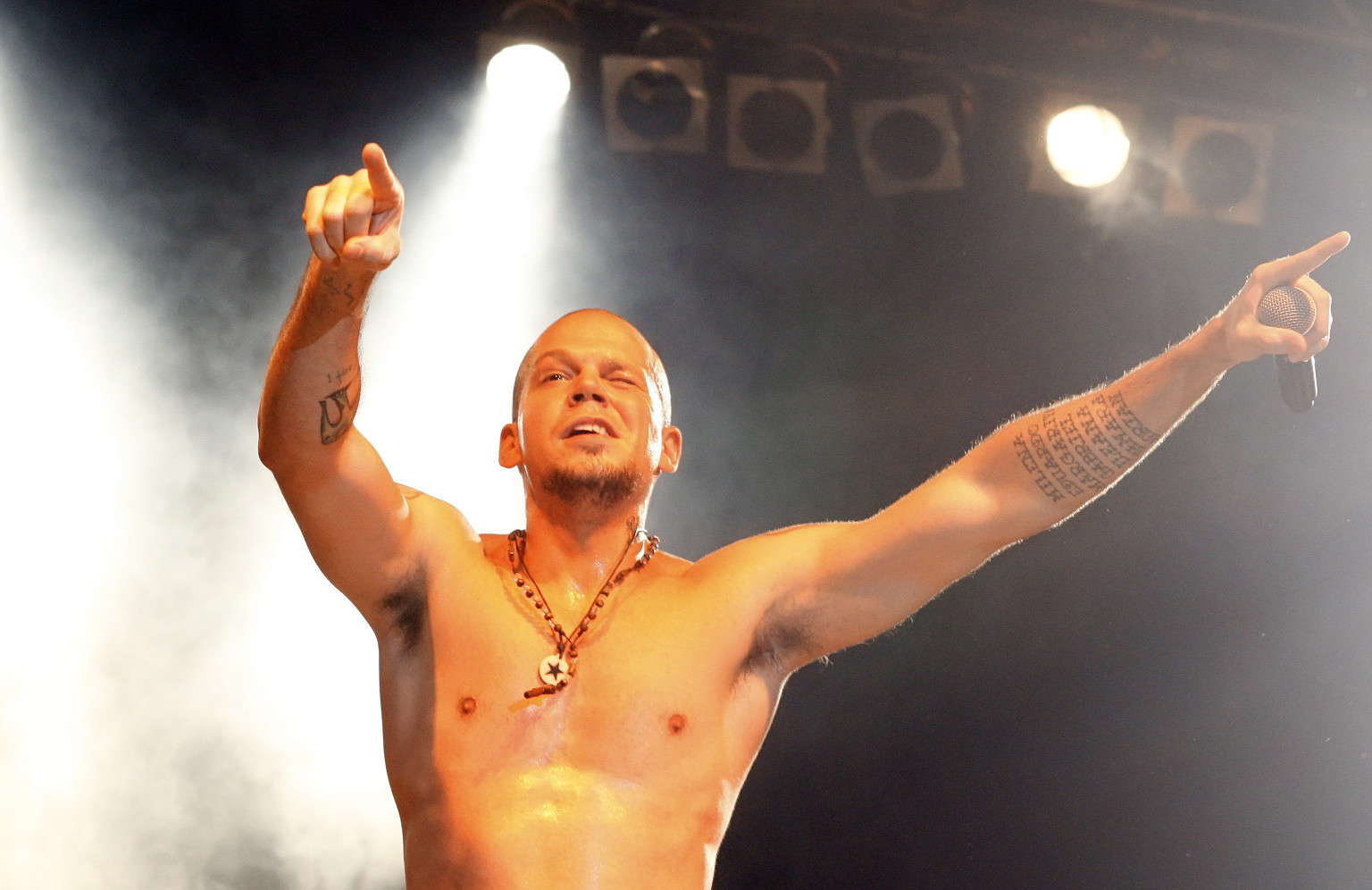 Rene Perez, Calle 13's Residente, Offers To Fly Edward ...
