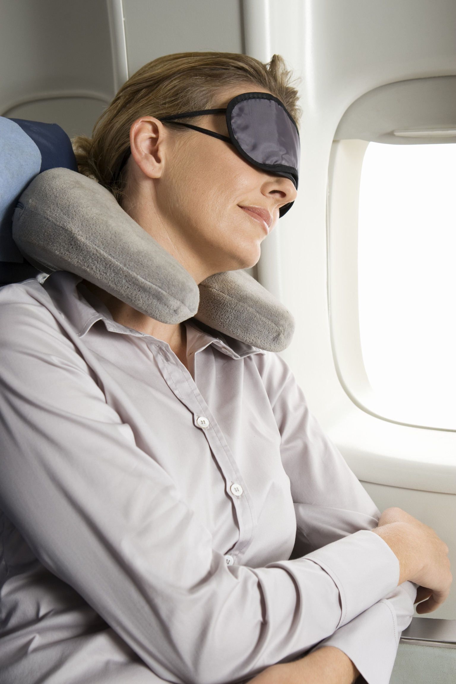 How To Survive A Red Eye Flight Huffpost