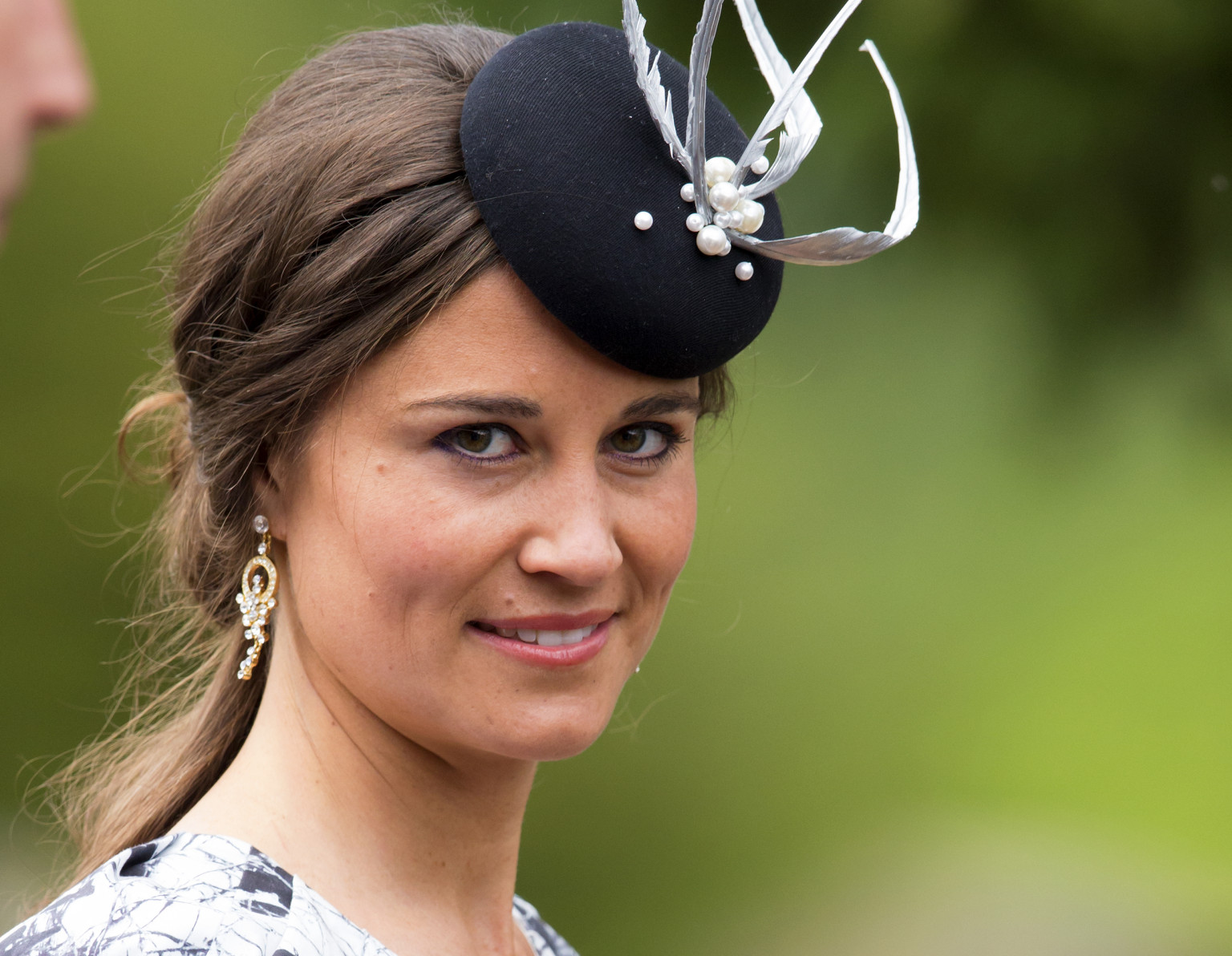 Pippa Middleton Dropped As Daily Telegraph Columnist ...