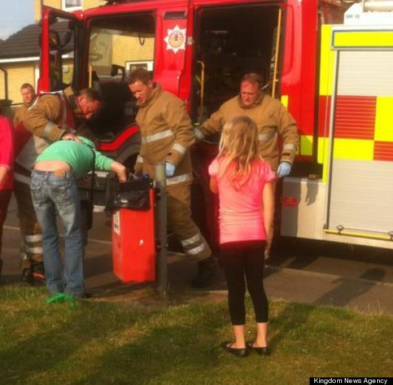 Woman Gets Arm Stuck In Dog Waste Bin (PICTURE)