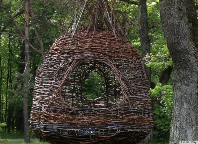 Dreamweaver nest is the coolest backyard feature ever photo huffpost - How to build a grape vine support the natural roof ...