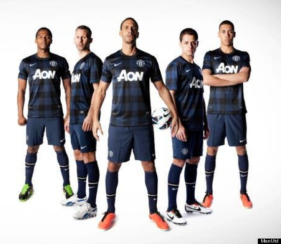 Manchester United Stick With Gingham Style For Nike Away Kit  PICTURES    Manchester United 2014 Away Kit