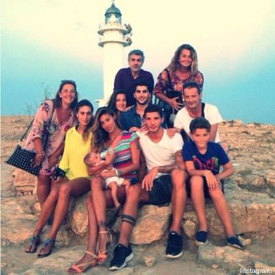 Belen rodriguez foto ricordo su instagram le vacanze in for Vacanze in famiglia