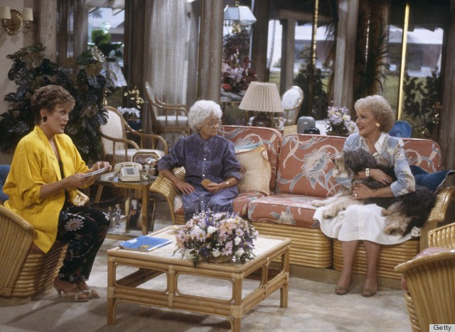 9 Very Important Decor Lessons From The Golden Girls PHOTOS