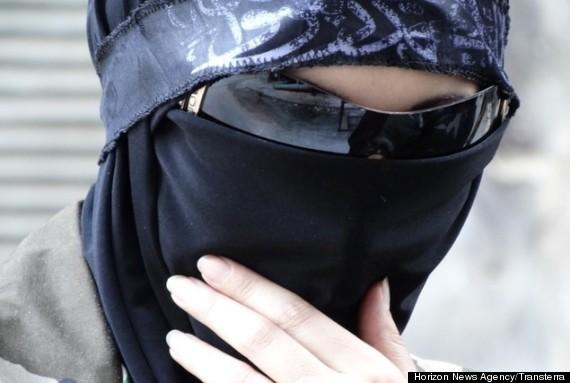 syria women fights