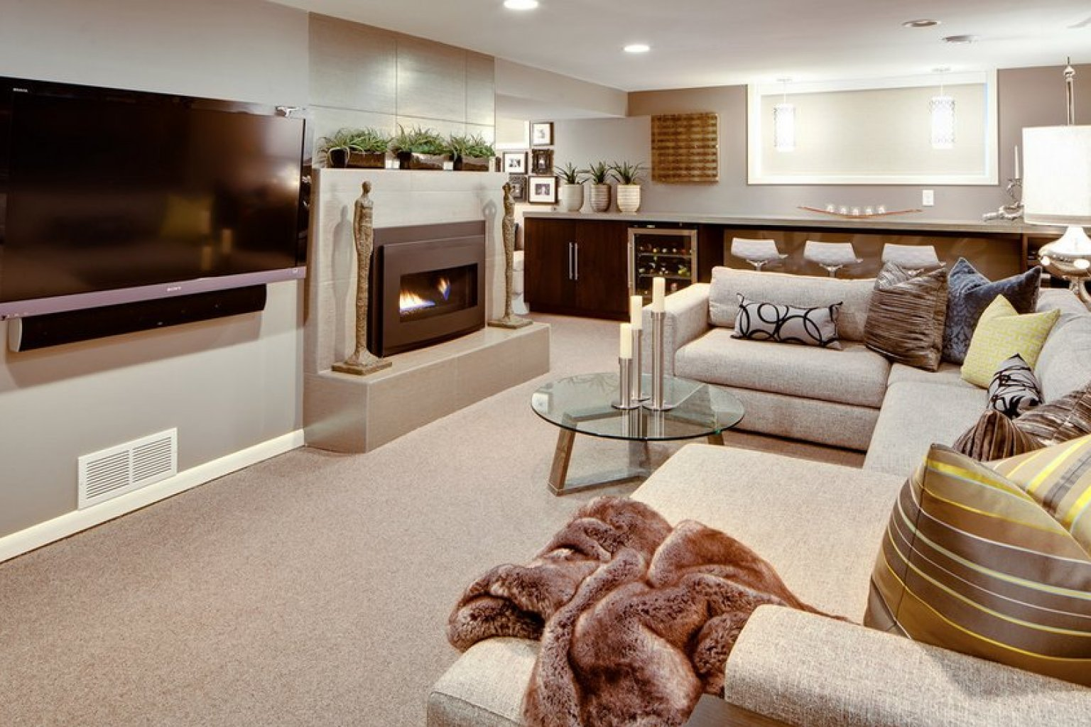 8 Awesome Basements We Wouldn 39 T Mind Hang Out In All The Time Photos