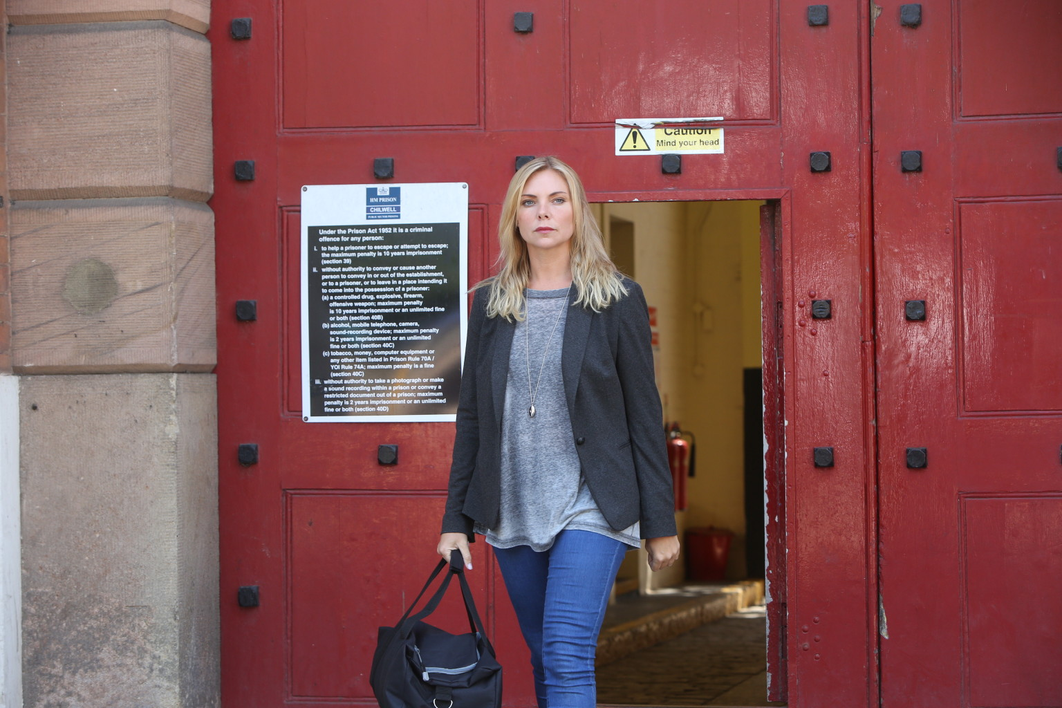Eastenders Spoiler Ronnie Mitchell Leaves Prison And