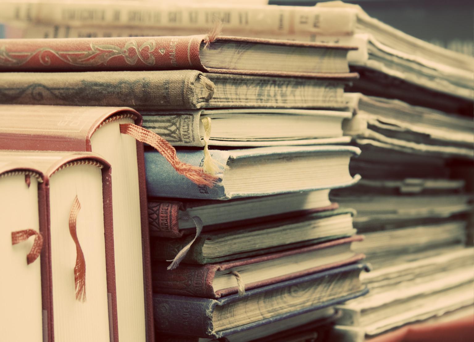 Super Awesome Book Dress Photos