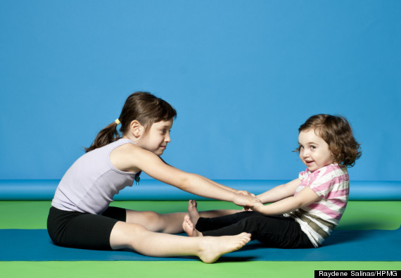Kids Yoga Poses Are Just As Effective As The Grown Up Versions But Cuter Photos Huffpost Life