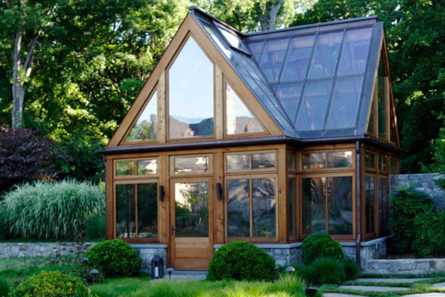 Build Your Own Shed >> 8 Gorgeous Greenhouses That Have Us Wanting To Become Botanists (PHOTOS) | HuffPost