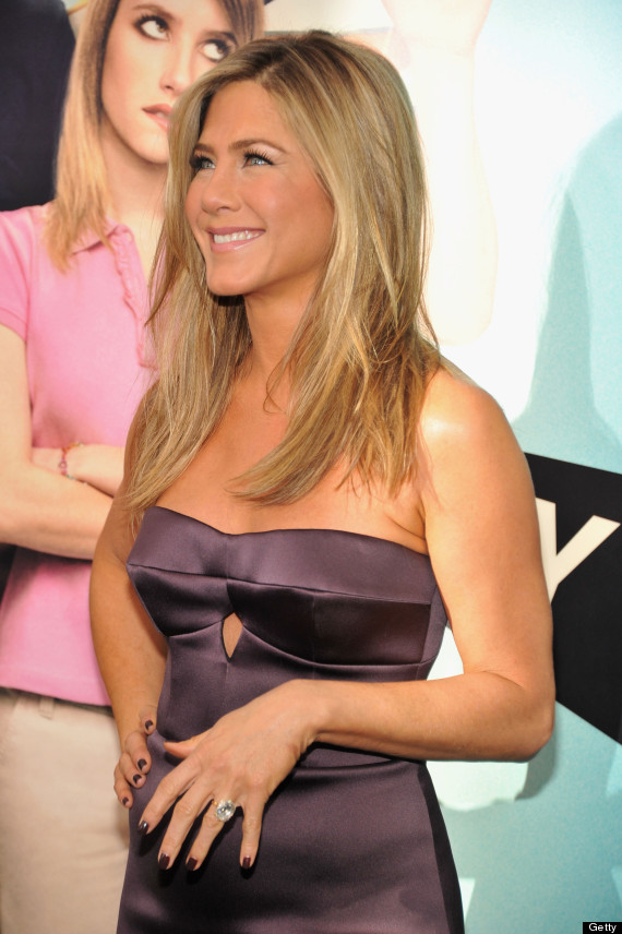 Jennifer Aniston's Dress Could Not Be Tighter At 'We're The Millers' NYC  Premiere | HuffPost
