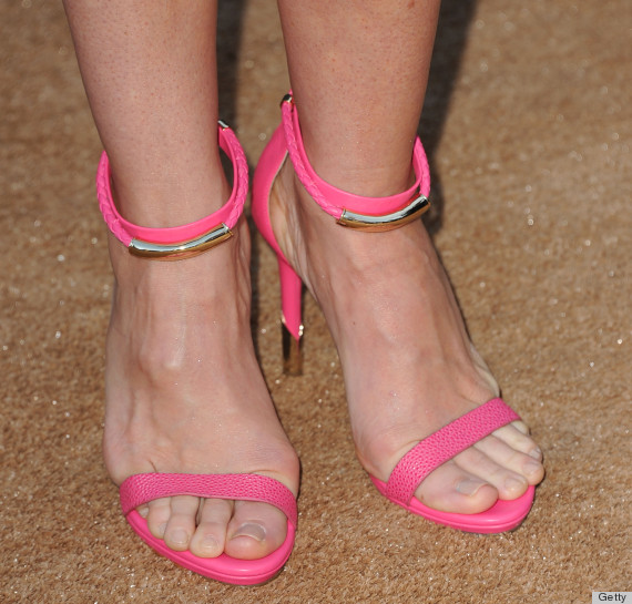Milf legs and feet