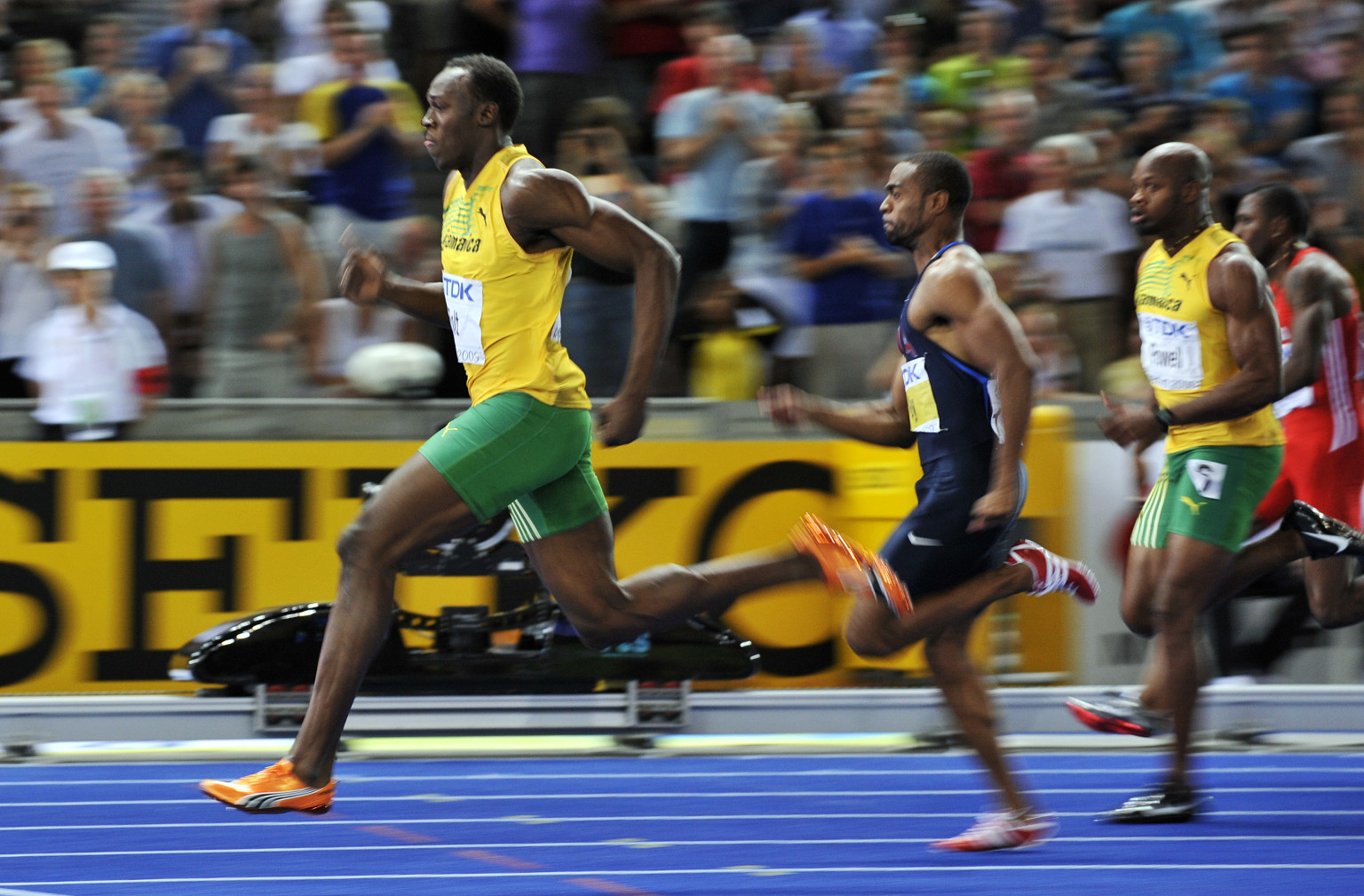 Usain Bolt Running Speed Video - www.proteckmachinery.com