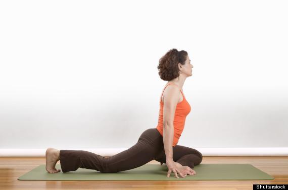 half pigeon pose - latihan yoga dan gerakan yoga