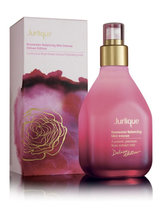Jurlique Rosewater Balancing Mist Really Makes Your Skin Glow