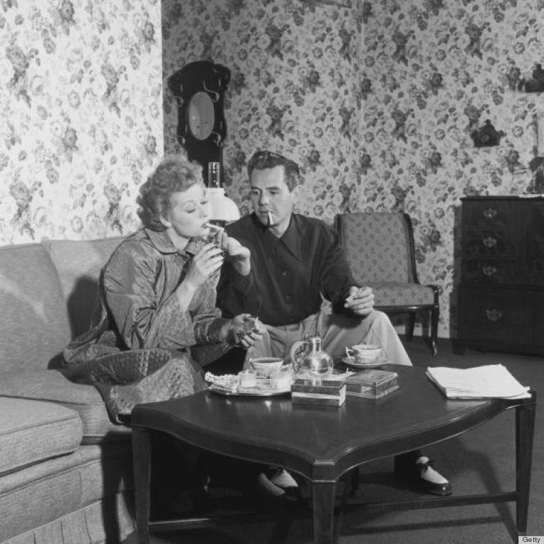 A Rare Look Inside Desi Arnaz Lucille Balls Home In The 1950s