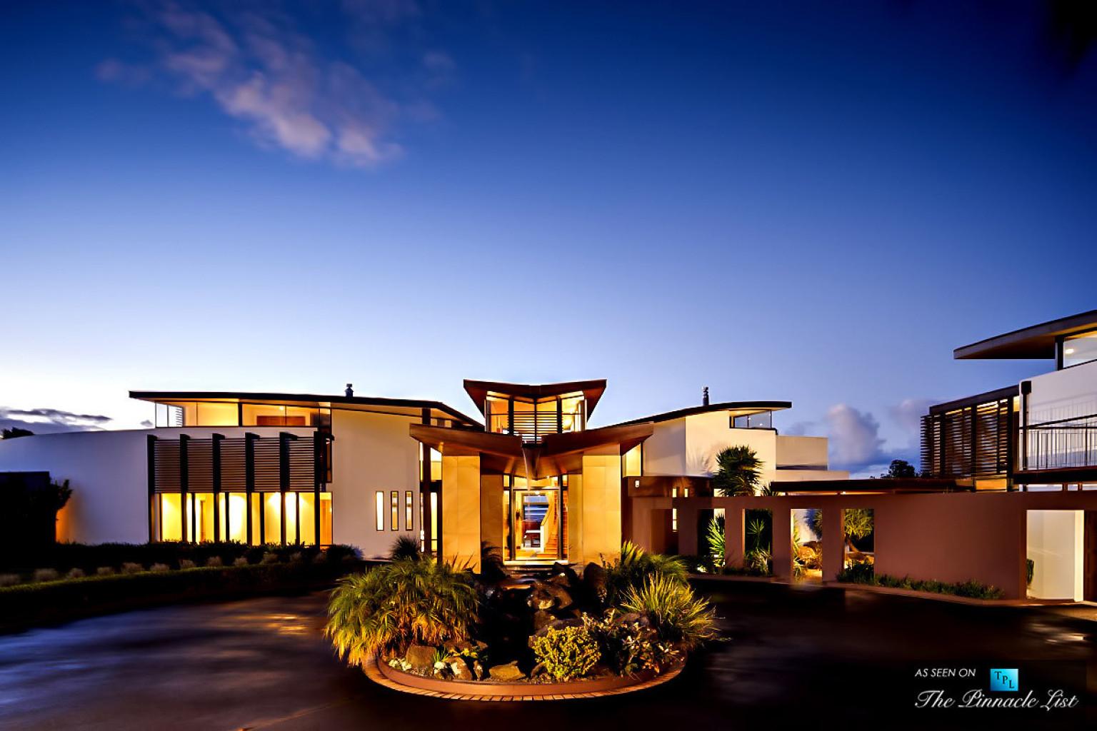 the stunning sullivan house residence in new zealand took