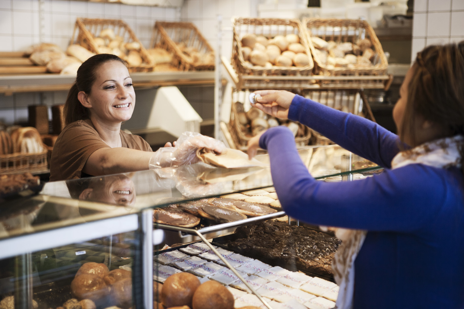 the best customer service 30042008 a new survey ranks companies on the quality of their customer service.