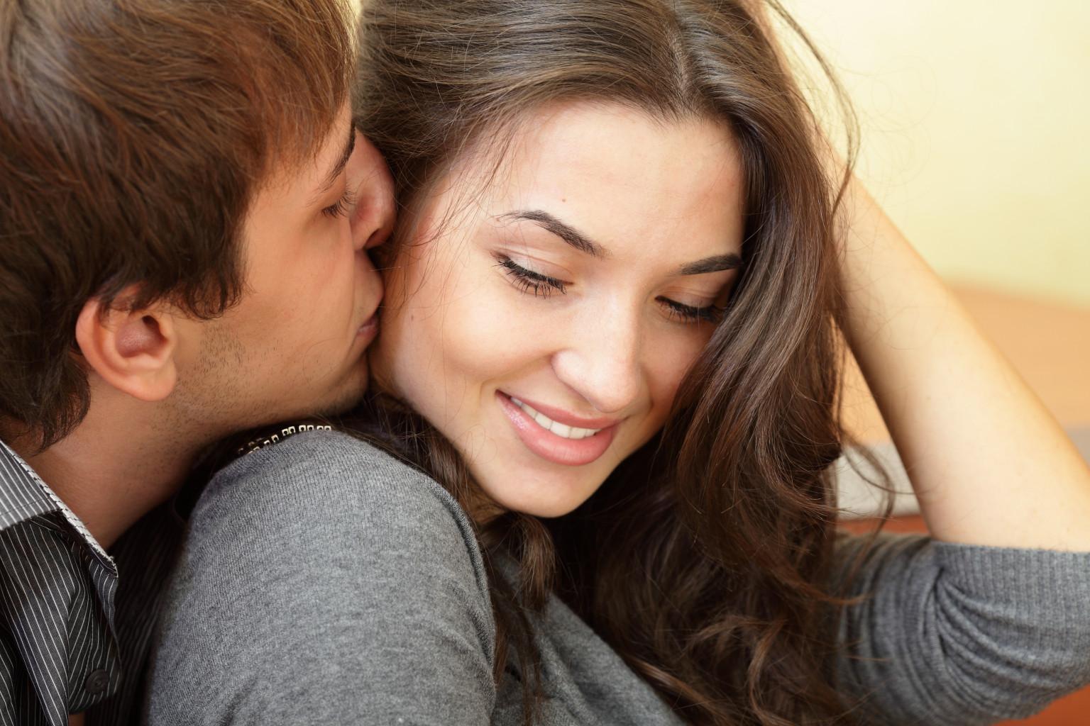 Как сделать любовные отношения