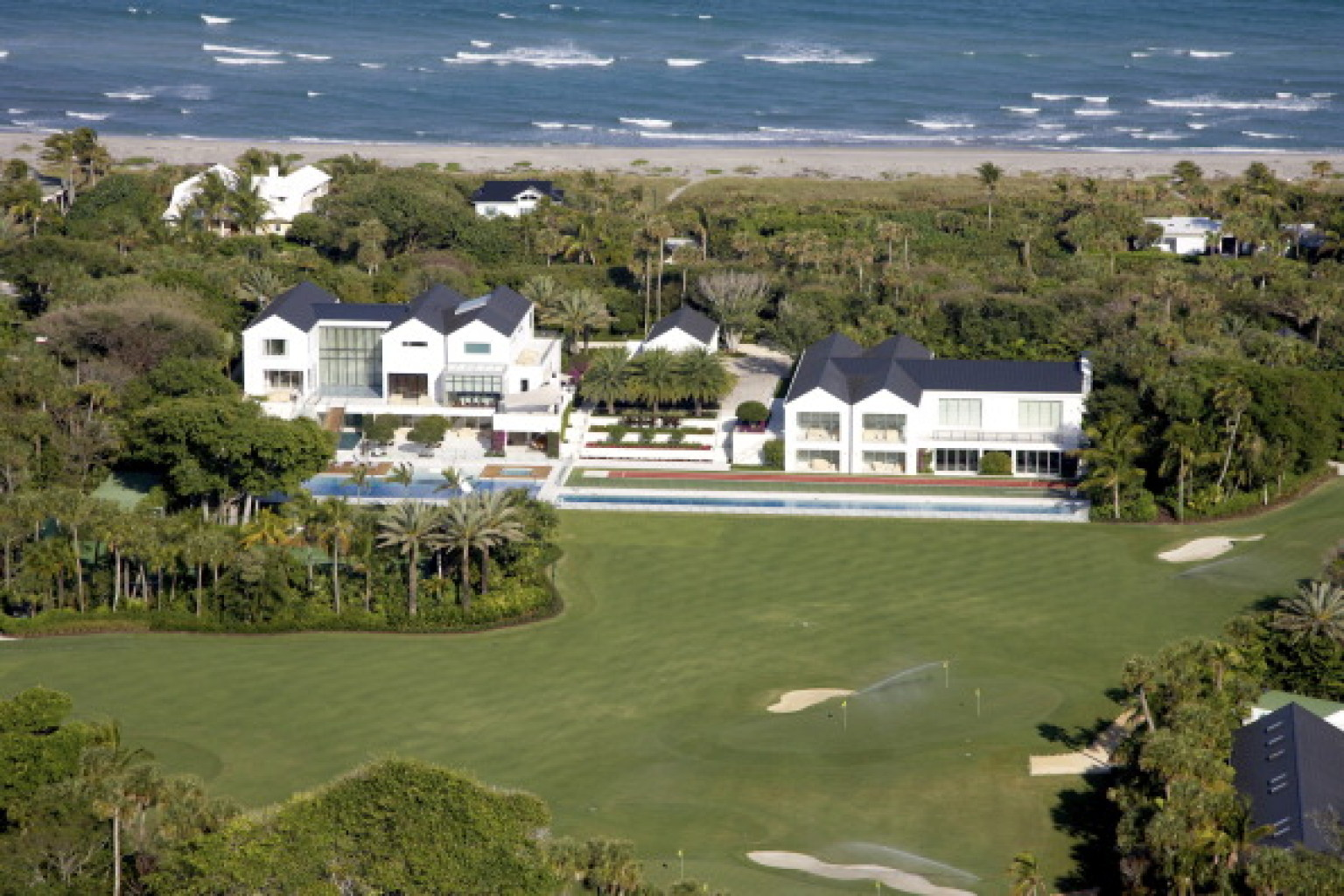 Tiger woods 39 jupiter island mansion in florida 39 is sinking Images of tiger woods house